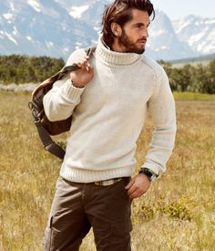 I'm digging your sweater Mountain Man Rugged Style, Mens Outdoor Fashion, Mens Fashion, Fashion Tips, Fashion Ideas, Warm Outfits, Cool Outfits, Style Masculin, Neue Outfits