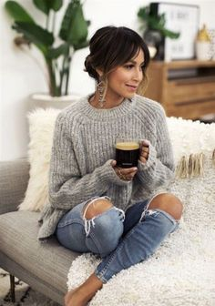 17 Ideas Brunch Outfit Winter Casual Grey Sweater For 2019 Brunch Outfit, Casual Winter Outfits, Fall Outfits, Outfit Winter, Winter Outfits 2019, Preppy Winter, Dress Outfits, Dresses Dresses, Winter Fashion Casual