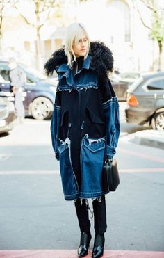 Street Style Paris Fashion Week, septiembre de 2016 © Icíar J. Look Jean, Denim Look, Fur Fashion, Denim Fashion, Fashion Trends, Fashion Mode, Paris Fashion, Fall Inspiration, Jean Outfits