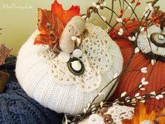 Mod Vintage Life: Sweater Pumpkins http://modvintagelife.blogspot.com/2013/10/sweater-pumpkins.html