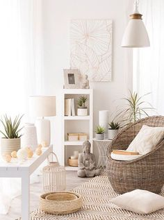 Soft neutrals and natural textures bring this room together for a calm, cozy feeling