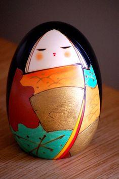 Kokeshi - Toa or Toshio Sekiguchi. Gorgeous color palette.