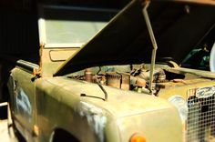 Old Retired Land Rover - Part Two –This photo is free to use. Keep it and do whatever you like with it. For more free photos, visit our site www.lookingglassfreephotos.tumblr.com