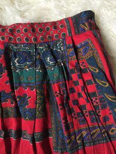 Vintage Pleated Midi Skirt by littlewrensvintage on Etsy