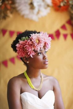 Spring is winding down and we are recognizing e its impending passing with an ode to flower crowns. The flower crown or wreath has its roots in Ancient Greece and it's endured through the ages. Tod…