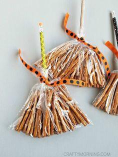 Pretzel Witch Broom Stick Treats  Pinterest | https://pinterest.com/elcocinillas/