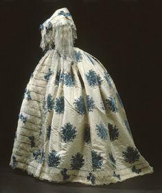 robe.1850