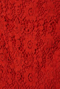 red crocheted table cloth or bed cover....Boy do I ever wish it were mine !!!!! <3 ~ <3 ~ <3