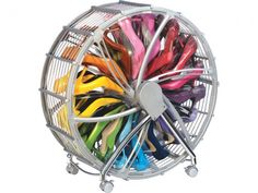 shoe spinner, stores up to 30 pairs of shoes - great invention