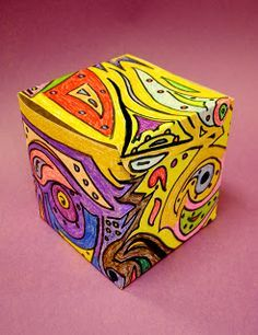 Substitute Art Lessons - design that goes around a cube continuously (grades - Art Education ideas Art Education Projects, High School Art Projects, Easy Art Projects, Project Ideas, Art Sub Plans, Art Lesson Plans, Art Sub Lessons, Art Cube, 7th Grade Art