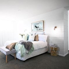 white bedroom, gray carpers, light green pops of color Grey Bedroom With Pop Of Color, Home Bedroom, Bedroom Styles, Oz Design Furniture, Bedroom Carpet, Bedroom Decor, White Lights Bedroom, Home Decor, Room