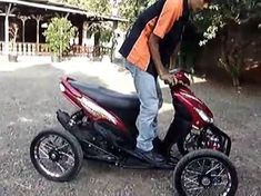 Wesll Leaning Vehicle - YouTube
