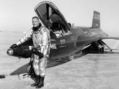 On this day in history, April NASA civilian test pilot Neil Armstrong flew the rocket plane to m. The hypersonic research program was conducted by NASA with the Air Force, the Navy, and North American Aviation over a period of almost 10 years from 1959 to Neil Armstrong, Photo Avion, Rare Historical Photos, Nasa Photos, Experimental Aircraft, Man On The Moon, Space Shuttle, Spacecraft, Military Aircraft
