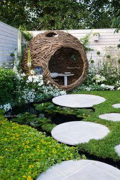 44 magical side yard and backyard gravel garden design ideas 2 Gravel Garden, Garden Planters, Garden Whimsy, Garden Art, Ideas Cabaña, Garden Arches, Garden Structures, Looks Cool, Dream Garden