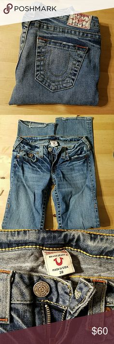 "True Religion Johnny Jeans True Religion Johnny Jean zip closure 5 pocket design. Some wear on heels from being pre-loved.  Approximate measurements lying flat 14."" waist 7"" rise 33"" inseam 7"" leg opening Smoke free home feel free to make me an offer True Religion Jeans"