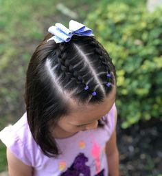 Dutch braid with elastic sections on the side into a messy bun Dutch braid with elastic sections on the side into a messy bun Toddler Hair Dos, Cute Toddler Hairstyles, Girls Hairdos, Cute Little Girl Hairstyles, Cute Girls Hairstyles, Kids Braided Hairstyles, Pretty Hairstyles, Princess Hairstyles, Bandana Hairstyles