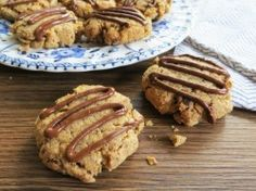 OatmCashew Chocolate Oatmeal Cookies from Pocketfuls featured at Gluten-Free Wednesdays | The Gluten-Free Homemaker