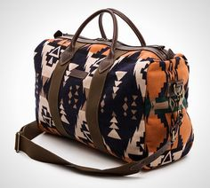 Pendleton Thomas Kay Barrel Bag - Wanderlust: 22 Killer Boho Weekender Bags via Brit + Co. Mode Hippie, Sac Week End, Barrel Bag, Boho Bags, Mk Bags, Fashion Bags, Purses And Bags, Fashion Accessories, Jimmy Choo