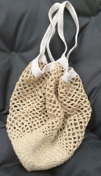 Croch 620933867348127533 - Un filet trésor chic Source by Filet Crochet, Lidia Crochet Tricot, Plaid Crochet, Crochet Diy, Crochet Granny, Knitting Patterns, Crochet Patterns, Knitting Ideas, Diy Bags Purses