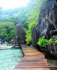 So Beautiful Barracuda Lake, Palawan - Philippines