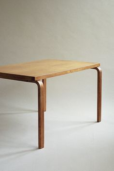 Large Dining table by Alvar Aalto Table Furniture, Modern Furniture, Furniture Design, Alvar Aalto, Contemporary Interior, Modern Interior Design, Classic Interior, Scandinavian Furniture, Handmade Furniture