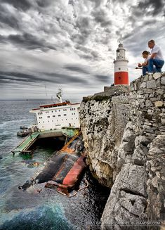 The FEDRA ran aground because it was repairing it's main engine whilst at anchor! and a force 10 storm developed and drove it to the rocks Abandoned Ships, Abandoned Places, Lighthouse Pictures, Ghost Ship, Tug Boats, Am Meer, Great Lakes, Water Crafts, Sailing Ships