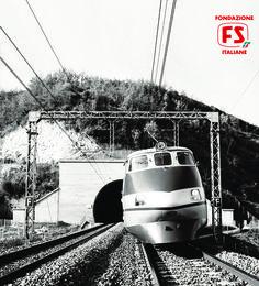 Primo esemplare di Pendolino ETR 401 in corsa sulla Direttissima Roma-Firenze (1978)