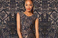 Slim fit shift dress with breathtaking pattern