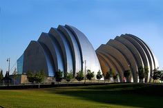 Kauffman Center for the Performing Arts - Kansas City, MO - Moshe Safdie, architect