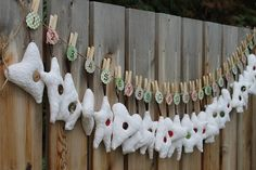 Random Acts of Kindness Advent Calendar{Twin Dragonfly Designs}   The CSI Project