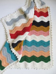 By Dottie Angel. I think I need to find me someone who can make me a grey, white and aqua chevron crochet blanket....!