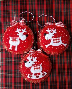 Felt Reindeer Ornaments-Red and White Reindeer felt & fabric Christmas ornaments w plaid accent-can personalize White Christmas Tree Decorations, Fabric Christmas Ornaments, Felt Decorations, Felt Christmas Ornaments, Christmas Sewing, Noel Christmas, Handmade Christmas, Reindeer Ornaments, Reindeer Christmas