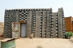 What's Seattle excuse for completely boring exterior paint jobs?    gurunsi earth tattooed houses of burkina faso