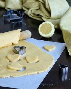 PASTA FROLLA FINE AL LIMONE ricetta base per crostate e biscotti