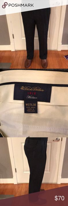 Brooks Brothers Men's Navy Slacks W37/L30 Pleated Navy colored slacks with straight cuff bottom pant leg. Slight discoloration on inside waist band will likely come out with dry clean. Brooks Brothers Madison Men's Pants 37/30. Great for work or business casual/formal event! Brooks Brothers Pants Dress