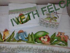 Kit infantil pintura em tecido-fralda, babão e toalhinha de boca.