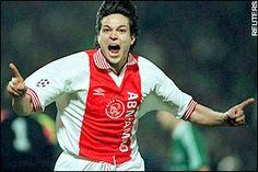 Jari LItmanen scoort voor Ajax