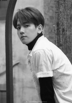 Byun Baek-hyun (born May 6 better known mononymously as Baekhyun is a South Korean singer songwriter actor model. He is a member of the South Korean-Chinese boy group Exo its sub-group Exo-K and sub-unit Exo-CBX.