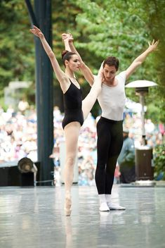 """San Francisco Ballet's Sofiane Sylve and Carlo Di Lanno in Balanchine's """"Agon"""" at the 2017 Stern Grove Festival // Choreography by George Balanchine © The Balanchine Trust; Photo © Erik Tomasson)"""