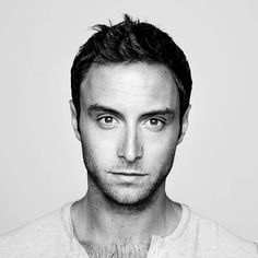 """Wiwi Jury: Sweden's Måns Zelmerlöw with """"Heroes"""" Beautiful Men, Beautiful People, Pop Singers, Height And Weight, Celebs, Celebrities, Stockholm, Hot Guys, Musik"""