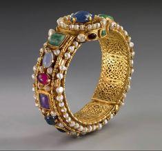 Byzantine Gold, Byzantine Jewelry, Medieval Jewelry, Ancient Jewelry, Antique Jewelry, Gold Jewelry, Vintage Jewelry, Ancient Bracelet, Western Jewelry