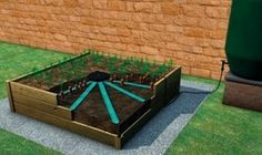 Self Bed Self Watering Kit Low maintenance kit to ensure raised beds are consistently and evenly watered. Helps ensure a healthy and high crop yield.