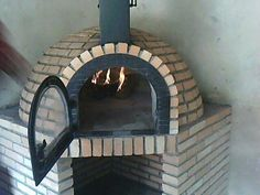 Bread Oven, Four A Pizza, Rooftop Garden, Fireplace Design, Grilling, Sweet Home, Custo, House, Outdoor