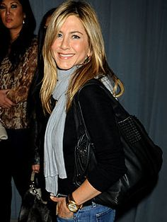 Jennifer Aniston.. naturally beautiful & down to earth