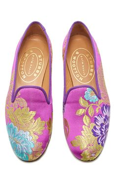 This **Stubbs & Wootton** Valencia Amethyst Slipper features a brocade body and a contrasting collar stitching. Mocassins, Walk This Way, French Chic, Kinds Of Shoes, Timeless Classic, Tory Burch Flats, Custom Shoes, New Wardrobe, Buy Shoes