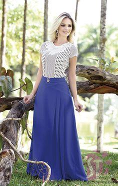 SAIA LONGA 03329 - Clássica Moda Evangélica Modele Hijab, Designer Party Wear Dresses, Muslim Fashion, Cute Outfits, Skirts, How To Wear, Terra, Cute Skirts, Modest Fashion