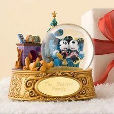 Disney Mickey and Minnie Snow Globe