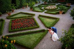 J&A in a gorgeous Siena Tuscany area garden for their post ceremony photo shoot