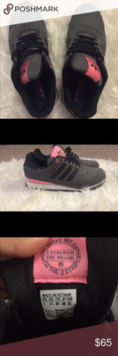 ADIDAS TENNIS SHOES 💞 pictures describe these must have shoes Adidas Shoes Sneakers