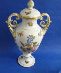Herend VBO urn